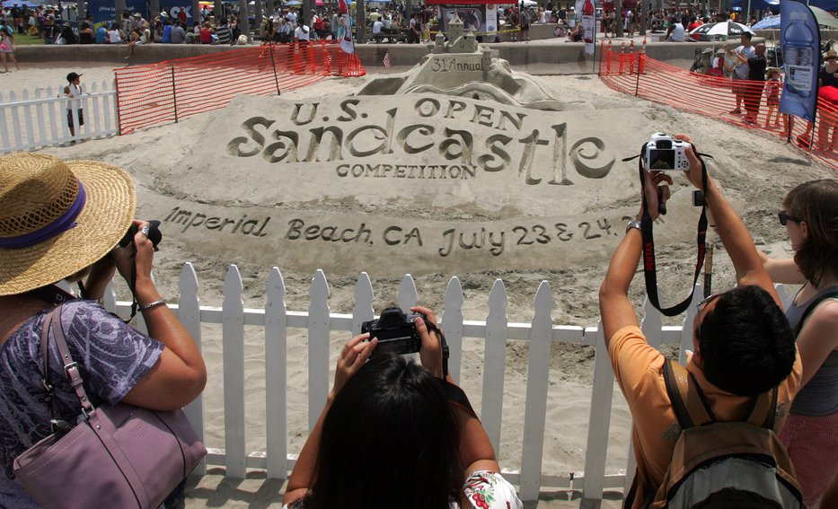 AOP wins 1st Place – Best Sculpture at the 2011 U.S. Open Sandcastle Competition
